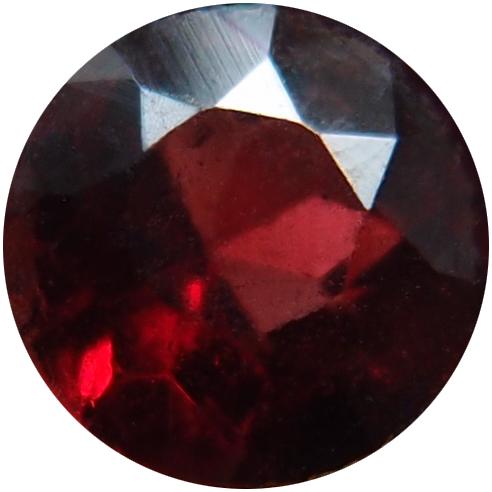 Das Logo von Granaton entstand aus einem Foto des Granatschmucks meiner Urgroßmutter.