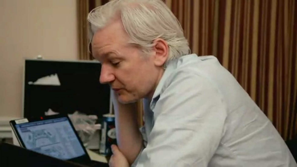 Julian Assange | CITIZENFOUR